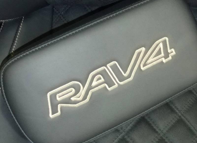 Toyota-RAV4-1